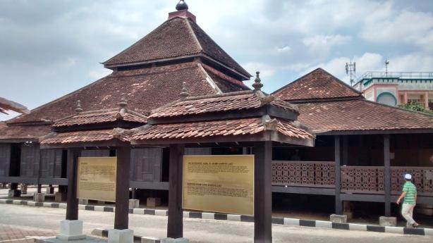 Masjid Kampung Laut